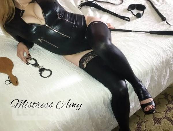ℳistress Amy Calling ALL Fetish Seekers and Subs!