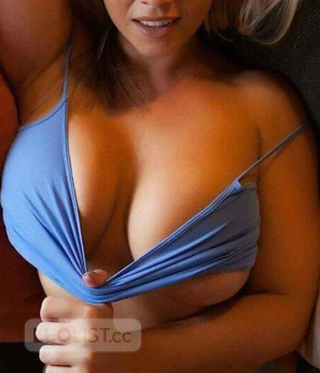 All natural BUSTY Beautiful blonde
