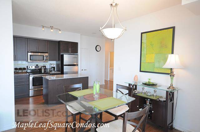 $4,500, 2br, 55 Bremner Blvd. - Maple Leaf Square Condos - Fully Furnished Corporate 2 Bedroom (VIDEO TOUR) $4500