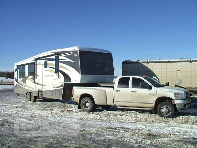 RV Hauling Chatham ON, RV Transport BC, Trailer Hauling, Power Only Service, JT Hotshotting