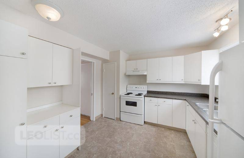 $1,399, 2br, Calgary Downtown Townhouse For Rent - 2 Bedrooms - $1,399.00