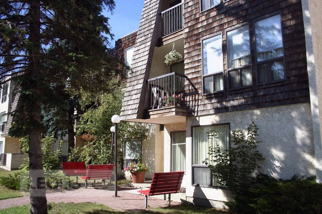 $813, 1br, Calgary Downtown Apartment For Rent - One Bedroom - $813.00
