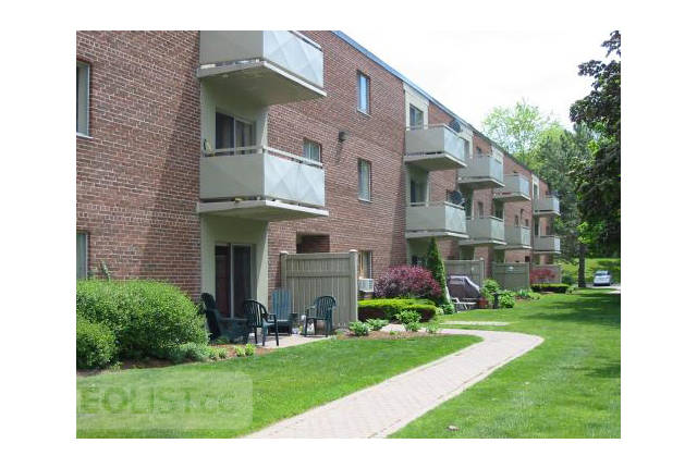 $1,085, 2br, London North Apartment For Rent - 2 Bedrooms - $1,085.00