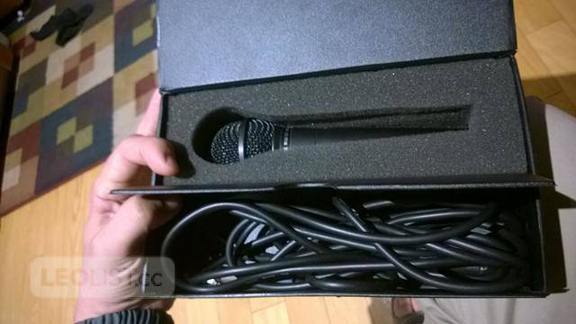 $55, Carol MUD-525 uni-directional dynamic microphone