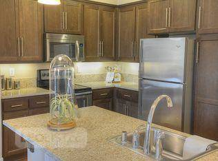 $650, 2br, Luxury & fully furnished