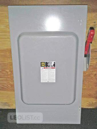 SQUARE D 200 Amp, 3 Phase, 600 Volt Heavy Duty Fused Disconnect Switch (Cat No: CH364) ~ NEW!