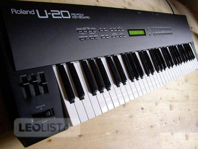 $240, Roland U-20 RS-PCM synthesizer keyboard