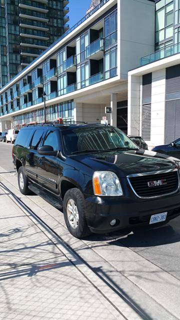 Driver available 24/7 647 999 0000 call or text Black SUV