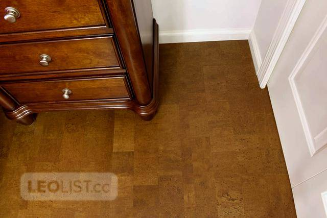 Bedroom Flooring Ideas – Try Cork on for Size
