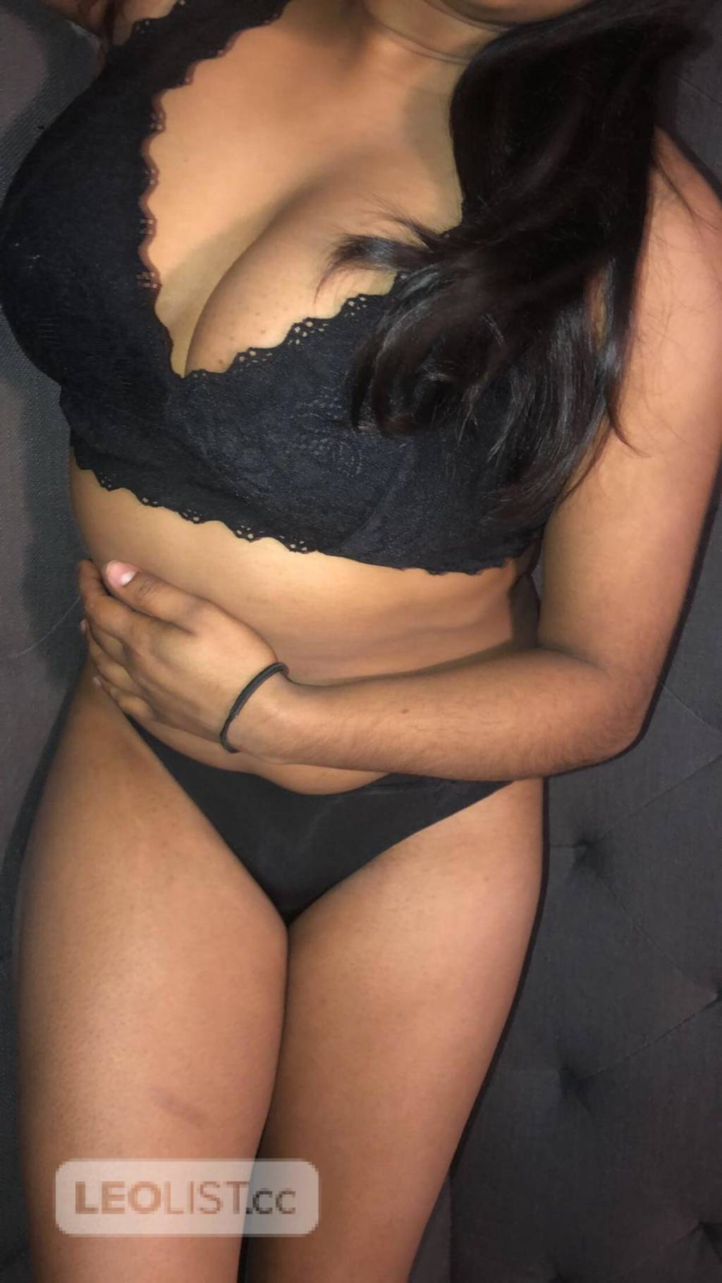 *New* Indian college girl in town