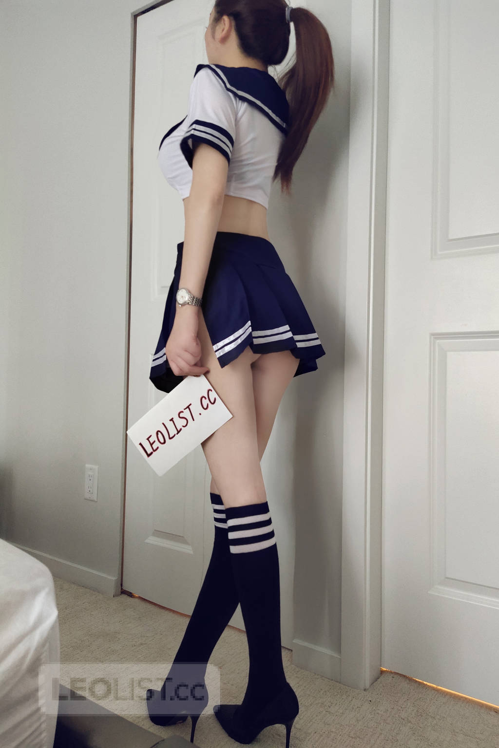 Pretty Asian Girl Just Landed, Contact me now