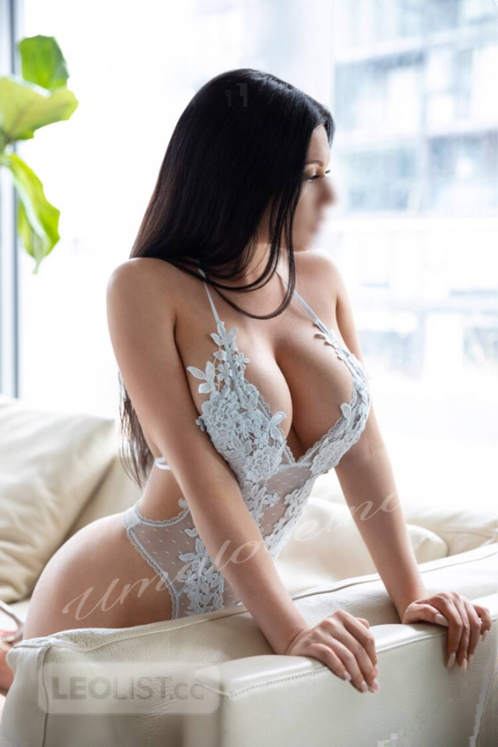 ♥️ Visiting AIRPORT today  ♥️VIP Uma Loveina ♥️Brunette Beauty