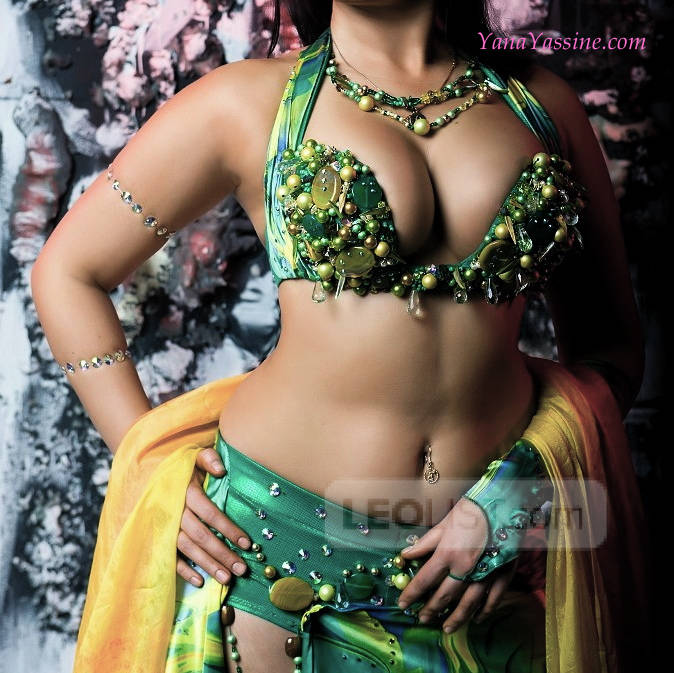 Upscale Egyptian Goddess - Slim & Big Busty Naturals 34 DDD